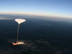 panoramatické foto tandemový seskok s brzdícím padákem